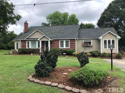 Burlington Single Family Home For Sale: 1701 Brown Avenue