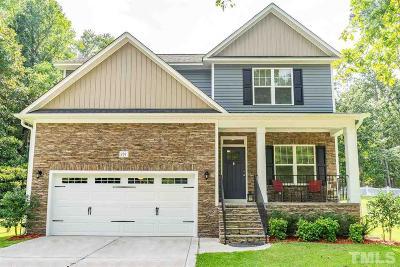 Smithfield Single Family Home For Sale: 231 Carolina Oaks Avenue