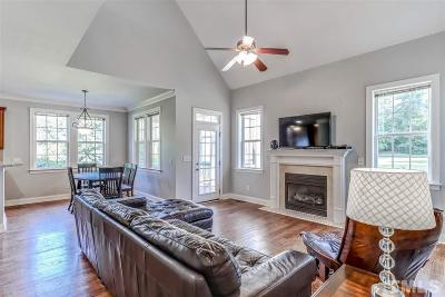 Willow Spring(s) Single Family Home For Sale: 1004 Bradleywood Drive