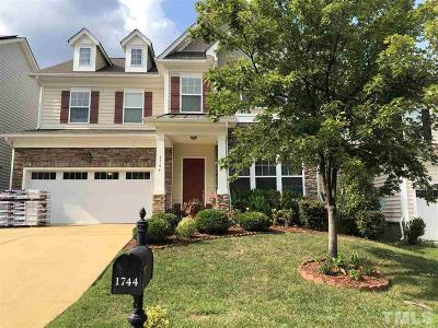 Cary Single Family Home For Sale: 1744 Laurel Park Place