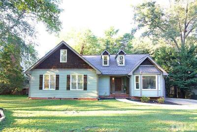 Raleigh Single Family Home Contingent: 2613 Halfhitch Trail