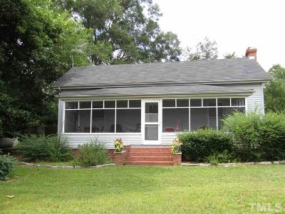 Lee County Single Family Home For Sale: 700 Hickory House Road
