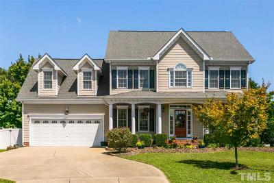 Knightdale Single Family Home Contingent: 1002 Laurel Haven Court