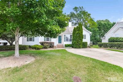 Johnston County Single Family Home For Sale: 401 Waterford Drive
