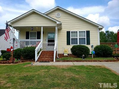 Clayton Single Family Home For Sale: 524 Hunter Way