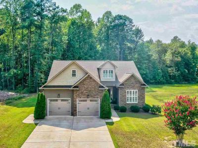 Four Oaks Single Family Home For Sale: 143 Fawnbrook Drive