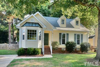 Durham Single Family Home For Sale: 14 Boxwood Drive