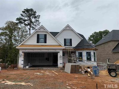 Garner Single Family Home For Sale: 215 Valleycruise Circle