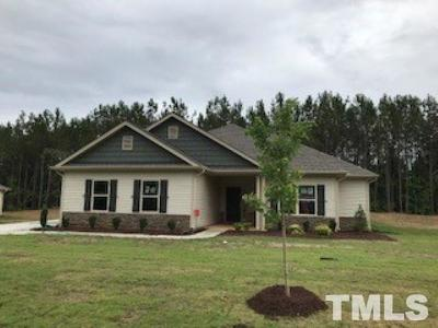 Lee County Single Family Home For Sale: 192 Greenwich Drive