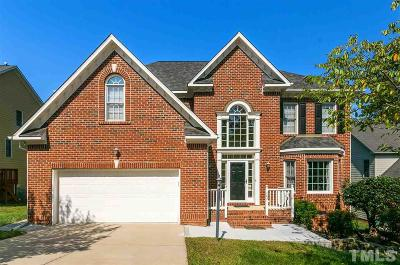 Cary Single Family Home For Sale: 703 Red Top Hills Court