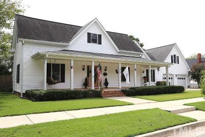 Johnston County Single Family Home For Sale: 208 E Davis Street East