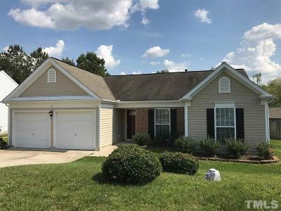 Apex Single Family Home Pending: 404 Kinship Lane