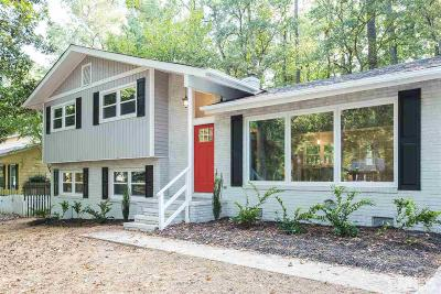 Chapel Hill Single Family Home For Sale: 511 Colony Woods Drive