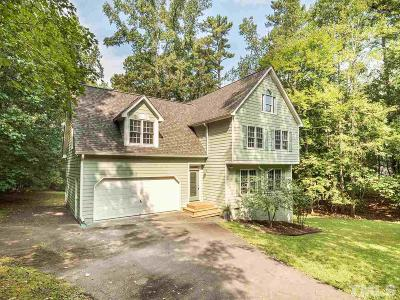 Chapel Hill Single Family Home For Sale: 106 Highland Trail