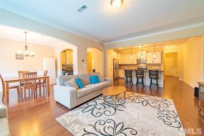 Durham County Townhouse For Sale: 208 Oldcastle Drive