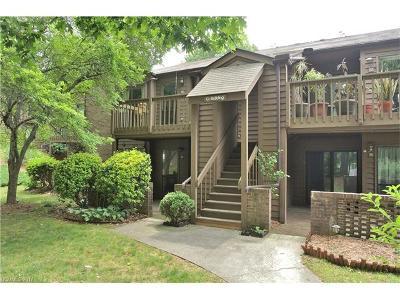 Asheville Condo/Townhouse Under Contract-Show: 49 Ravencroft Lane #G49