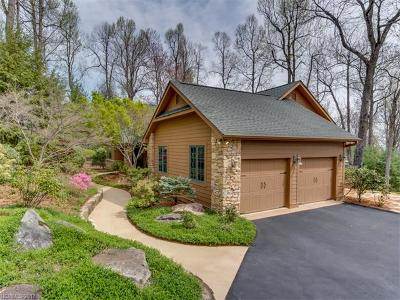 Hendersonville Single Family Home For Sale: 104 Bobby Jones Drive