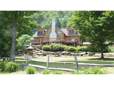 Waynesville Single Family Home For Sale: 670 Live Oak Loop