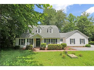 Pisgah Forest Single Family Home Under Contract-Show: 1133 Glen Cannon Drive