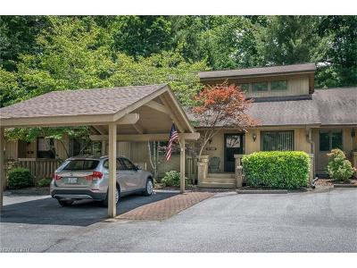 Hendersonville Condo/Townhouse For Sale: 304 Laurel Oak Lane #304