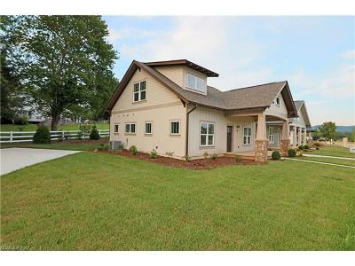 Transylvania County Single Family Home Under Contract-Show: 33 Bungalow Way #14
