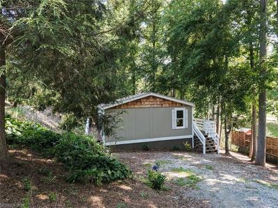 Asheville Manufactured Home For Sale: 18 Spivey Place