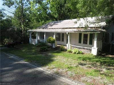 Brevard Single Family Home For Sale: 39 Highland Road