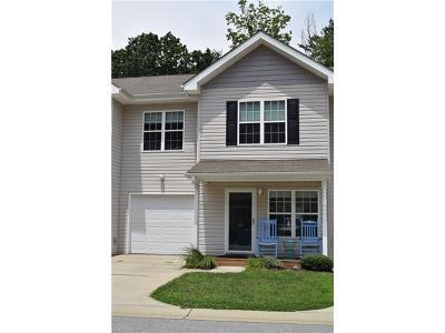Asheville Condo/Townhouse For Sale: 151 Alpine Ridge Drive #151