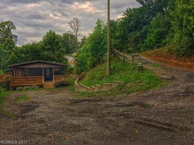 Asheville Manufactured Home Under Contract-Show: 65 Forest Ridge Drive