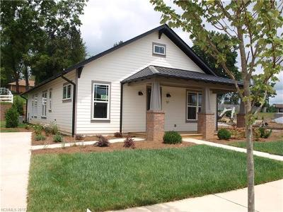 Brevard Single Family Home For Sale: 57 Bungalow Way