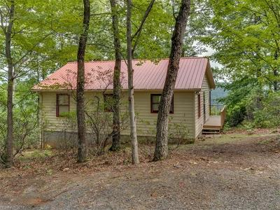 Saluda Single Family Home For Sale: 15 Gamelands Trail