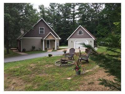 Hendersonville Single Family Home For Sale: 121 April Lane