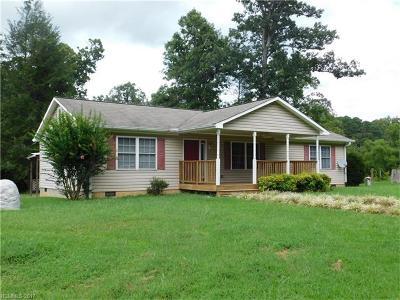 Hendersonville Single Family Home For Sale: 428 Staton Road