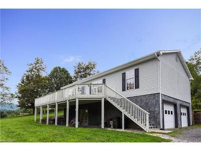 Weaverville Single Family Home For Sale: 139 Highland Street