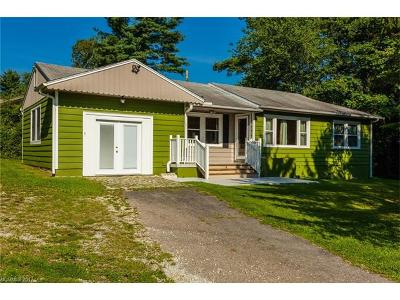 Hendersonville Single Family Home For Sale: 701 Blythe Street