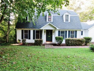 Pisgah Forest Single Family Home Under Contract-Show: 1133 Glen Cannon Drive #22
