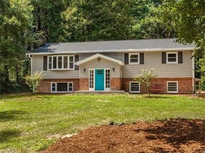 Hendersonville Single Family Home For Sale: 1725 Bluebird Drive