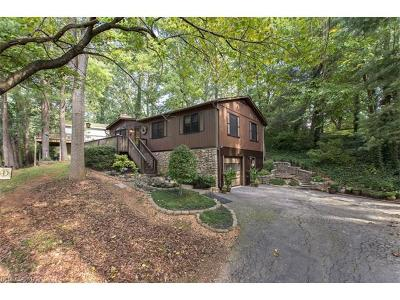 Single Family Home For Sale: 6 Pickwick Road