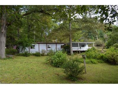 Hendersonville Manufactured Home For Sale: 256 Sugar Foot Road
