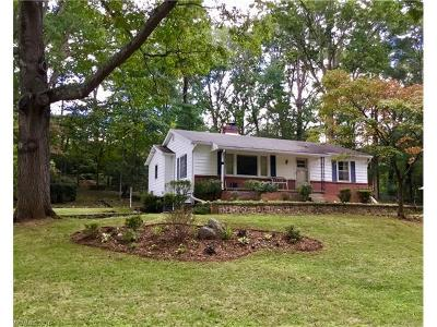 Asheville NC Single Family Home For Sale: $220,000