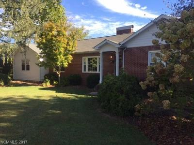 Brevard Single Family Home Under Contract-Show: 413 N Country Club Road