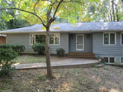 Tryon NC Single Family Home For Sale: $227,000