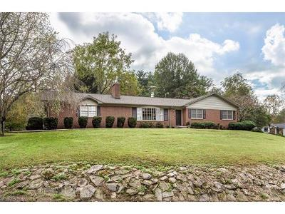Hendersonville Single Family Home For Sale: 1906 Country Club Road
