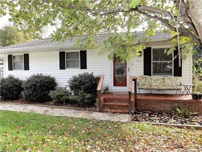 Hendersonville Single Family Home For Sale: 312 Jack Street