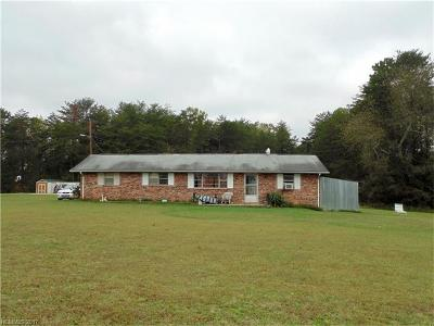 Bostic NC Single Family Home For Sale: $110,000