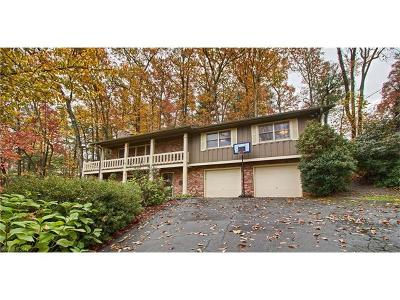 Hendersonville Single Family Home For Sale: 896 Indian Hill Road