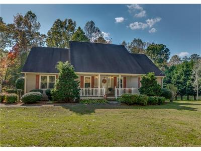 Rutherfordton Single Family Home For Sale: 130 Summit Lane