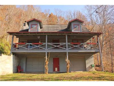 Waynesville Single Family Home For Sale: 544 Countryside Drive