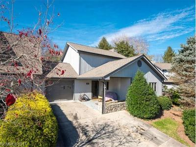 Weaverville Condo/Townhouse For Sale: 126 Kyfields Drive