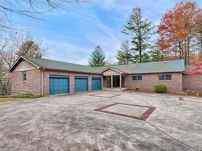 Hendersonville Single Family Home For Sale: 3540 Willow Creek Road